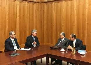 وزير الكهرباء يبحث مع نظيره العراقي سبل تعزيز علاقات التعاون
