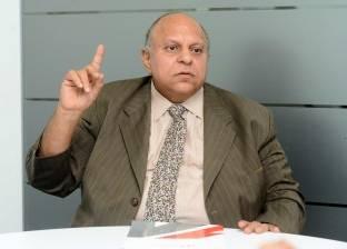 وزير التنمية الإدارية السابق: بقاء وزارة «إسماعيل» ضرورة لإنهاء الاتفاقيات المالية مع المؤسسات الدولية
