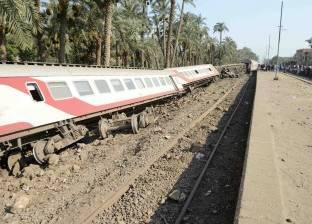 """وزير النقل يحيل 15 مسئولا بالسكة الحديد إلى النيابة في """"قطار البدرشين"""""""