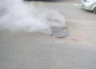 بالصور| أهالي المحلة يشكون من تصاعد أبخرة الصرف الصناعي في أبوشاهين
