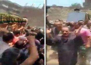 بالزغاريد والتصفيق.. تشييع جثمان متوفى في الشرقية يثير الجدل