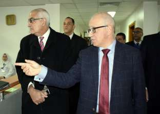 رئيس جامعة المنصورة يفتتح تجديدات فرع مركز الكلى بتكلفة 11 مليون جنيه