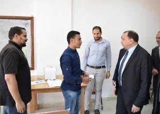 بالصور| رئيس جامعة بني سويف يتفقد الجولة الأولى لانتخابات اتحاد الطلاب