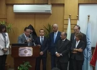 وزير المغتربين الأرميني يتبرع بمليون جنيه للمستشفى الأميري بالإسكندرية