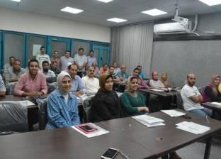 """عبدالفتاح إبراهيم: عمال النقل البري والغزل والنسيج """"هم وغم وحرق دم"""""""