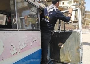 """بسبب الحرارة المرتفعة.. شباب ينقلون الأهالي مجانا في """"فاعل خير"""" بسوهاج"""