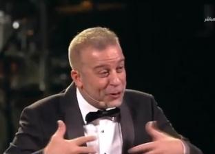 """شريف منير يعزف على الدرامز بـ""""القاهرة السينمائي"""": """"ده العادي"""""""