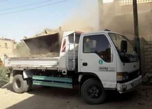 رفع 100 طن مخلفات صلبة من شوارع مدينة المنشاة في سوهاج