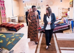 سيدة بوروندي الأولى تزور وزارة التضامن الاجتماعي