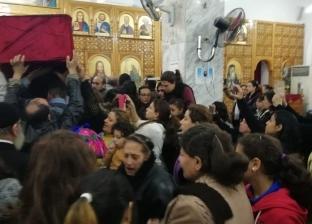 الكنيسة تنقل رفات شهداء حلوان بعد عام على استشهادهم إلى مزارات خاصة