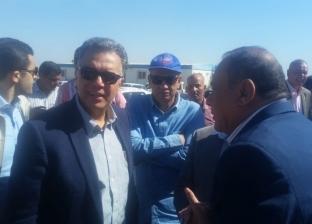 وزير النقل يعلن من أسوان عن حملة قومية لإزالة المطبات العشوائية