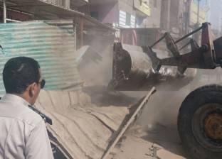 صاحب معرض يتعدى على حملة إزالة برئاسة رئيس حى شرق شبرا الخيمة