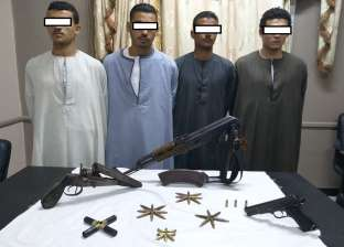ضبط 4 أشخاص بتهمة التنقيب عن الآثار وبحوزتهم أسلحة نارية في أسيوط