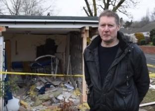 بالفيديو| سيارة تقتحم منزلا.. ونجاة طفل معاق من الموت داخل غرفة نومه