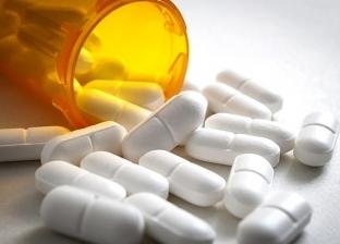 الصداع وصعوبة النوم.. مخاطر تناول الأدوية بكثرة