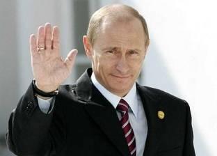 """""""واشنطن تايمز"""": تقلبات أسواق العالم تعمل لصالح روسيا"""