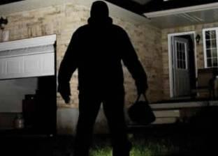 القبض على متهم بسرقة شقق في الزاوية الحمراء