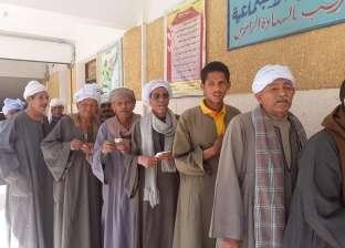 """""""مستقبل وطن"""" بسوهاج: الفلاحون شاركوا في الاستفتاء رغم انشغالهم بالحصاد"""