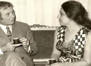 """في ذكرى ميلاده.. """"بلقيس"""" وقع في غرامها نزار قباني وتزوجها بأمر رئاسي"""