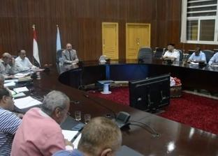 محافظ البحر الأحمر يوجه بمتابعة الاشتراطات الصحية بالمدارس