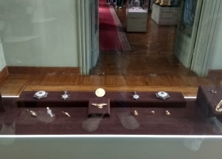 لأول مرة.. عرض دستة مجوهرات ضمن احتفالات متحف المجوهرات بالإسكندرية