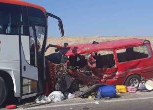 مصرع مواطن وإصابة 5 آخرين في حادث تصادم سيارتين بقنا