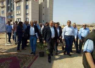 بالصور| رئيس الوزراء يتفقد مشروع تطوير العشوائيات بشرم الشيخ