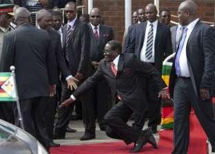 مصدر حزبي: زعيم المعارضة في زيمبابوي في حالة صحية حرجة