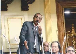 نائب يطالب محافظ الجيزة بإعلان الجدول الزمني لمشروعات المياه والصرف