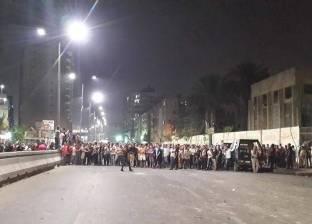تجمهر العشرات من أهالي شبرا للمطالبة برفع الحواجز الحديدية