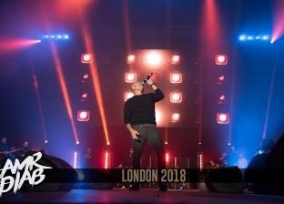 عمرو دياب يحيي حفلا غنائيا بالقاهرة في 30 نوفمبر
