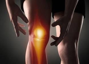تعرف على أسباب آلام مفصل الركبة بعد السير لفترات طويلة