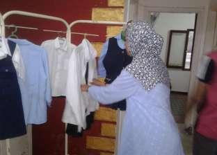 """توزيع 1200 قطعة ملابس بمعرض خيري لـ""""الأورمان"""" في بركة السبع بالمنوفية"""
