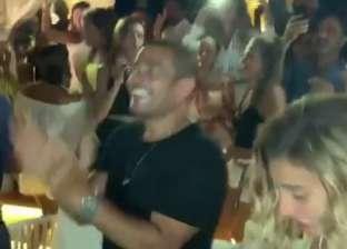 """تامر حسين ينشر فيديو لـ عمرو دياب ودينا الشربيني يرقصان على """"يوم تلات"""""""