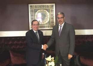 وزير البترول يبحث مع نظيره المغربي سبل التعاون في مجال الثروة المعدنية