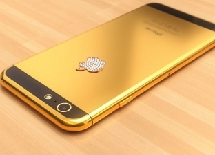"""أبل تكشف سعر هاتفها الجديد المصنوع من """"الذهب الخالص"""""""
