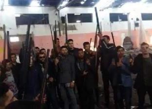 """فيديو.. """"تيك توك"""" يفضح انتشار الأسلحة بين الأطفال والمراهقين في تركيا"""