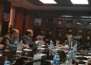 """""""الكهرباء"""" تجتمع مع رؤساء القطاعات التجارية لتحسين أداء شركات التوزيع"""