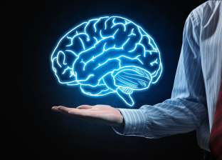طبيب فرنسي: المخ قادر على إرسال رسائل للنخاع الشوكي للتخفيف من الآلام