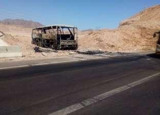 إنقاذ ركاب أتوبيس سياحي قبل احتراقه بالكامل بالقرب من شرم الشيخ