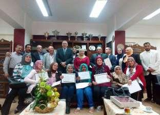 """مدير """"تعليم القاهرة"""" يكرم مهندسي هيئة الأبنية التعليمية"""