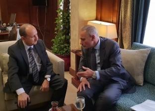 """وزير التجارة والصناعة يبحث تنظيم مصر منتدى أعمال """"المتوسط 2019"""""""