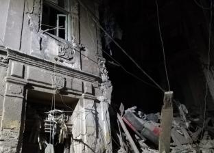 بالصور.. انهيار جزئي بعقارين بجمرك الإسكندرية دون إصابات