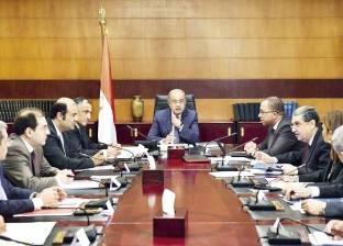 بعد قليل.. رئيس الوزراء يلتقي أعضاء اتحاد الغرف التجارية لتوفير السلع