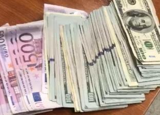 مطار القاهرة يحبط محاولة راكب تهريب 25 ألف يورو