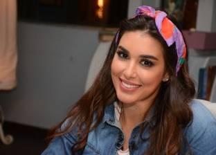 """سميرة أحمد تنتقد كثرة أخبار ياسمين صبري.. وتؤكد: """"ليها مستقبل"""""""