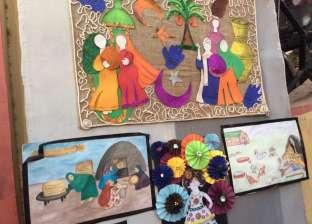 """معاناة النساء فى معرض للفن التجريدي بـ """"بورسعيد"""""""