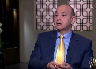 """أديب يُحذر طارق شوقي من موظفي الوزارة: """"لا هينفعك تابلت ولا رابلت"""""""