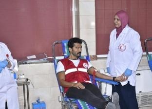 """خالد النبوى يقود حملة """"الناس لبعضيها"""" من أكاديمية الفنون للتبرع بالدم"""