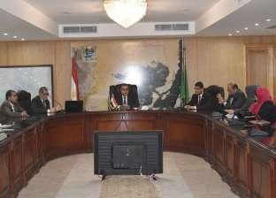 بالصور| محافظ الفيوم يترأس أولى اجتماعات مجلس شباب المحافظة